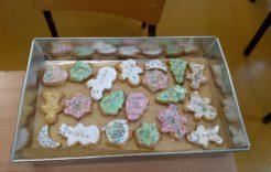 Więcej o: Pieczenie świątecznych pierników i kruchych ciasteczek