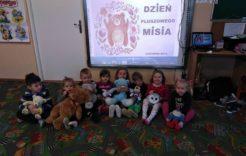Więcej o: Dzień Pluszowego Misia